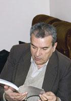 """Альберт Налбандян – главный редактор журнала """"Литературная Армения"""""""