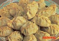 Мантапур и салат из сельдерея и перца с грибами по армянски