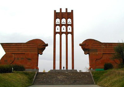 День победы в Сардарапатской битве и День первой Республики в Армении и за рубежом