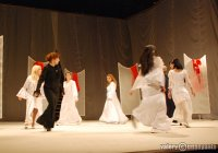 Творческий коллектив Тбилисского государственного армянского драматического театра им. Петроса Адамяна